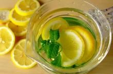柠檬蜂蜜水的功效和作用-优蜜网